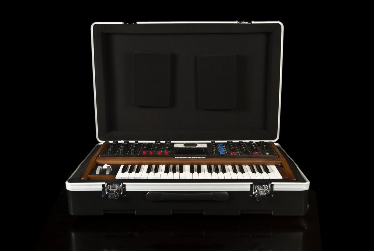 Moog Music Molded Voyager Road Case  - Image principale