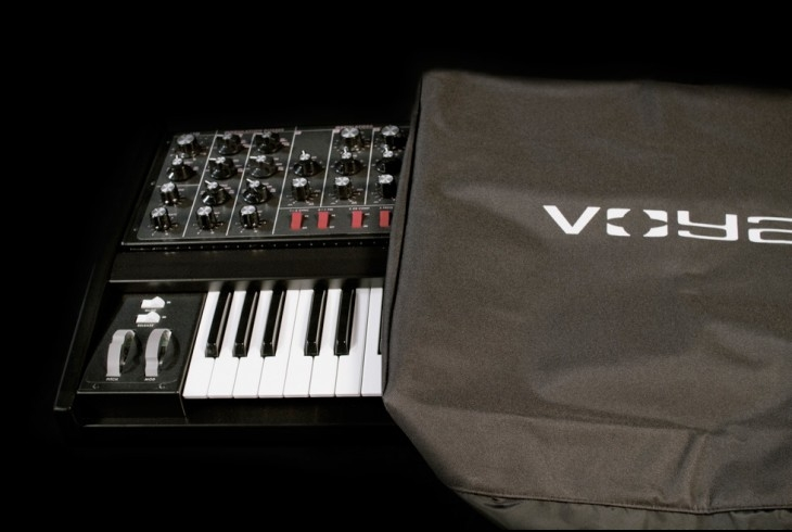 Moog Music Voyager Dust Cover  - Image principale