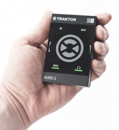 Native Instruments Traktor Audio 2 MK2 - Image n°2