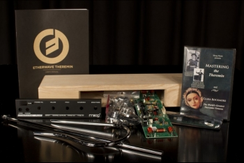 Moog Music Theremin Etherwave Plus Kit  - Image n°1